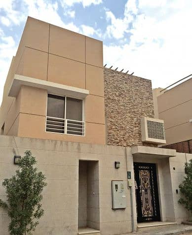 4 Bedroom Villa for Rent in Afif, Riyadh Region - 4 Bedroom Privet Villa with Swimming Pool for Rent in Sulaymaniyah Area.