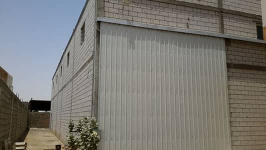 عقارات تجارية اخرى  للايجار في الرياض، منطقة الرياض - مستودعين للايجار في حي الوسيق المعدل / طريق جدة مكة القديم خلف مطعم اريانا