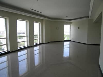 EXCELLENT 2 BED ROOM UNIT IN Al Subeaei Tower