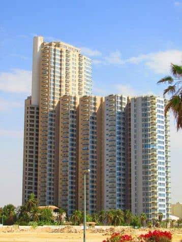 5 Bedroom Flat for Sale in Jazan, Jazan Region - شقة جميلة للبيع في الشاطيء , جدة