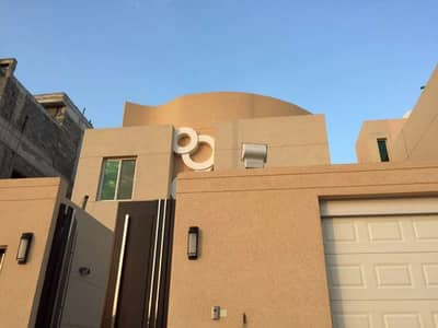3 Bedroom Villa for Sale in Khamis Mushait, Aseer Region - فلتين للبيع بحي ملقا الموسى