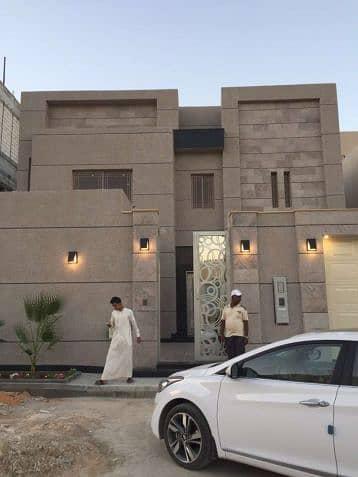 5 Bedroom Villa for Sale in Khamis Mushait, Aseer Region - 2 فيلا فاخره درج بالصاله