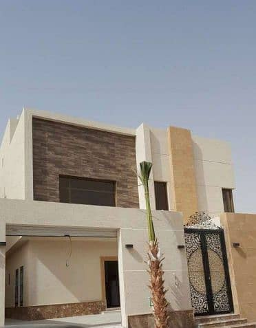 5 Bedroom Villa for Sale in Riyadh, Riyadh Region - فيلا واسعة للبيع في القيروان , الرياض