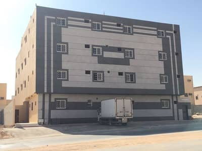 عمارة تجارية  للبيع في الرياض، منطقة الرياض - عمارة تجارية واسعة للبيع في دار البيضاء، الرياض