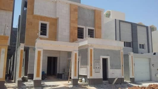 فیلا 3 غرفة نوم للبيع في الرياض، منطقة الرياض - فيلل درج بالصال+شقة