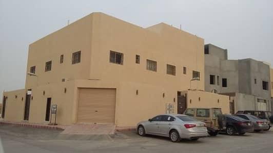 3 Bedroom Villa for Sale in Riyadh, Riyadh Region - فيلا دور+3شقق