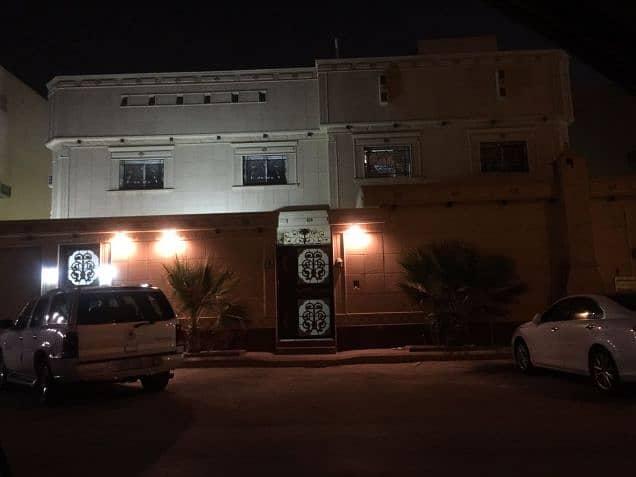 عمارة للبيع في الصفوة قريبه من مستشفى الحرس الوطني وقريبه من طريق خريص