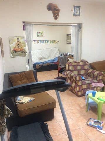 فلیٹ 2 غرفة نوم للايجار في الخبر، المنطقة الشرقية - Living Room