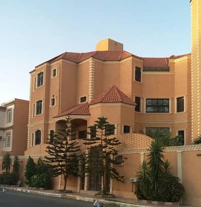 9 Bedroom Villa for Sale in Taif, Western Region - فيلا للبيع في الطائف - حي القمرية الجديد