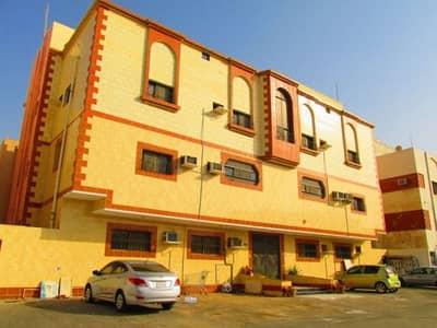 4 Bedroom Flat for Rent in Jeddah, Western Region - شقة مميزة للايجار في حي البوادي