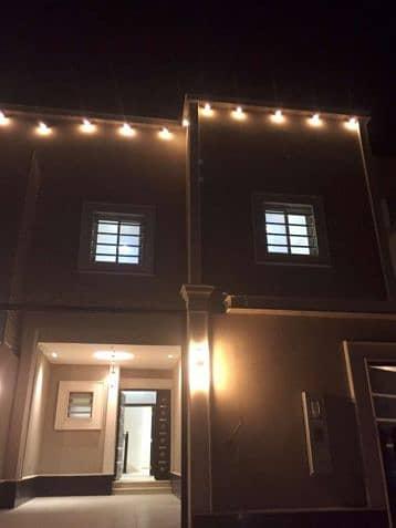 3 Bedroom Villa for Sale in Riyadh, Riyadh Region - فيلا للبيع بحي القيروان