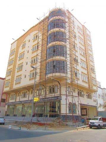 Commercial Building for Sale in Jeddah, Western Region - عمارة تجارية للبيع في حي البوادي - جدة