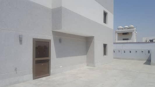 فیلا 4 غرفة نوم للايجار في مكة، المنطقة الغربية - Luxurious Rooftop Villa Southern Jeddah