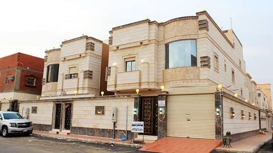 6 Bedroom Villa for Sale in Al Zulfi, Riyadh Region - فيلا جميلة مستقلة - واجهة حجر - على شارعين