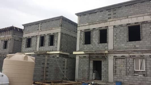 5 Bedroom Villa for Sale in Dammam, Eastern Region - دبلكسات عظم في مخطط المدراء الظهران بالقرب من برج ارامكو
