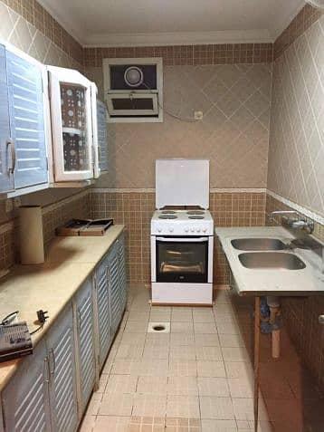 1 Bedroom Floor for Rent in Riyadh, Riyadh Region - Standard 1 Bedroom Semi furnished  Villa For Rent In Al Badiya Riyadh near Tamimi Market
