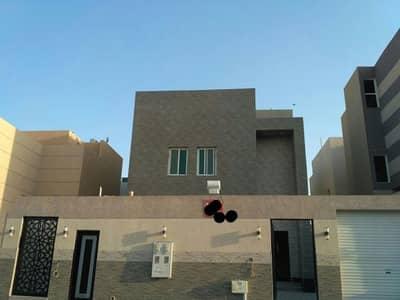 فیلا  للبيع في الرياض، منطقة الرياض - للبيع فيلا مساحة 400 دور ونص وشقة حي النرجس
