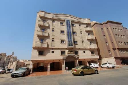 4 Bedroom Flat for Sale in Riyadh, Riyadh Region - شقة فاخرة للإيجار - حي المروة