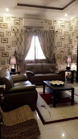 Luxurious flat for rent with walking destance to Rashid mall