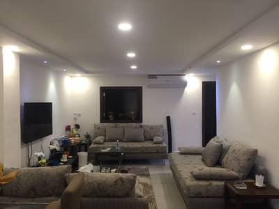 Floor for Rent in Riyadh, Riyadh Region - FOR RENT Town House 1 BDR Fully furnished AL HAMRAH