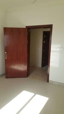 1 Bedroom Flat for Rent in Dammam, Eastern Region - شقق للايجار الدمام عمارة العيد عزاب حي الضباب تشطيب ممتاز مكيفة وشاملة مياه وكهرباء