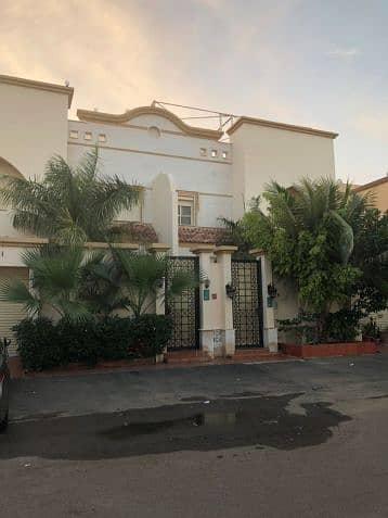 4 Bedroom Villa for Sale in Jeddah, Western Region - فيلا للبيع بحي البساتين