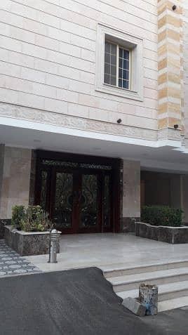 Residential Building for Sale in Al Zulfi, Riyadh Region - Photo