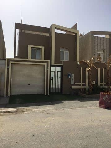 5 Bedroom Villa for Sale in Dammam, Eastern Region - فيلا للبيع حي الفاخرية 2