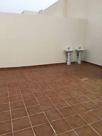 4 Bedroom Flat for Sale in Riyadh, Riyadh Region - ملاحق للبيع بسعر لقطه
