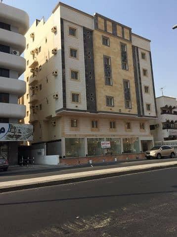Commercial Building for Sale in Jeddah, Western Region - عماره للبيع في حي البوادي قريبه من شارع صاري