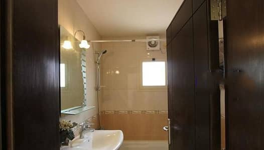 فلیٹ 3 غرفة نوم للايجار في جدة، المنطقة الغربية - 3 غرف | الميزانية ودية فيلا مشمسة في مجمع