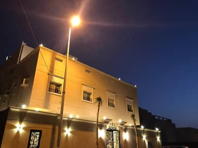 12 Bedroom Residential Building for Sale in Jeddah, Western Region - عمارة دورين و ملحق بأبحر الشمالية حي اللؤلؤ
