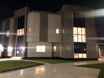 9 Bedroom Villa for Sale in Riyadh, Riyadh Region - Villa for sale